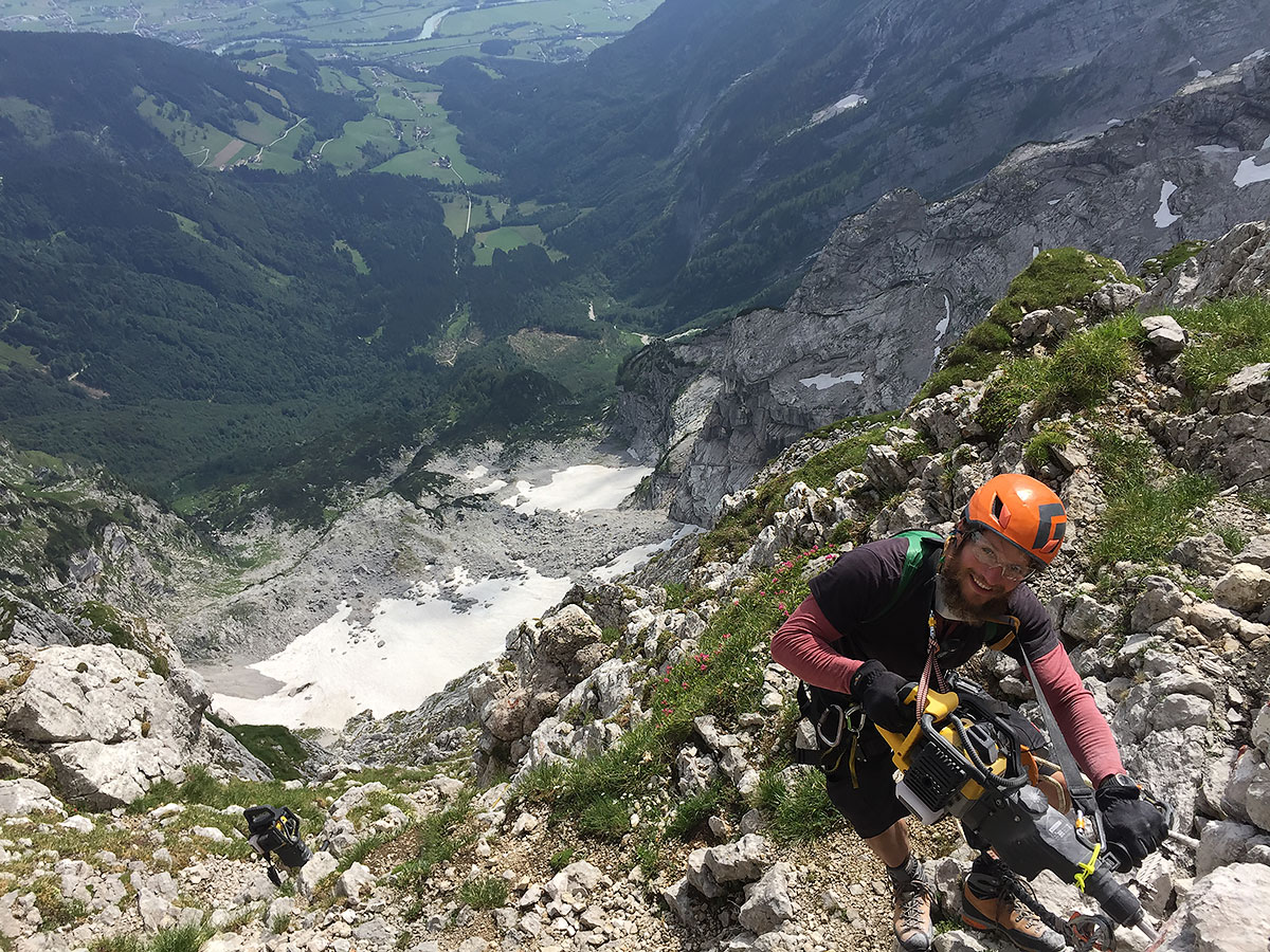 Klettersteigbau und Instandhaltung